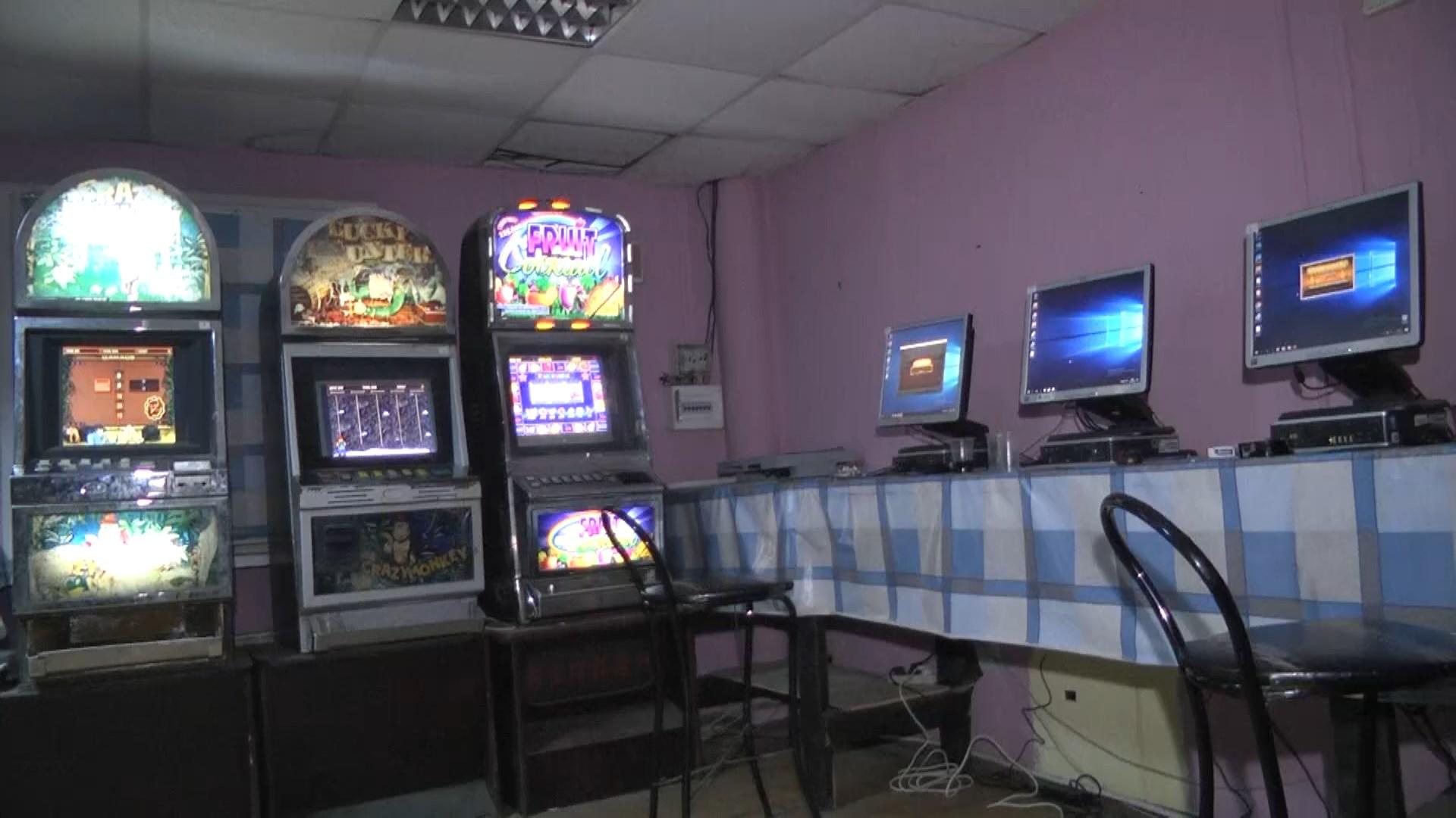 Казино закрыто подпольное минимальная ставка в казино титан